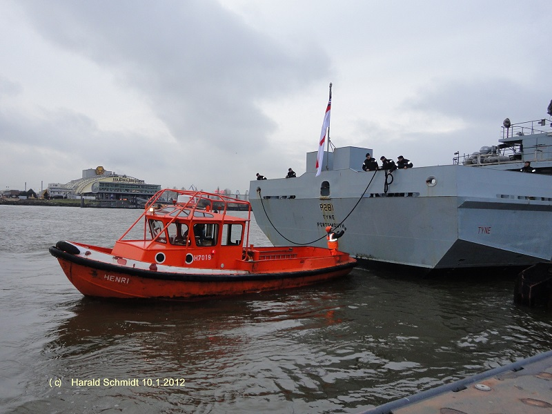Festmacherboot HENRI (H 7019) am 10.1.2012_1