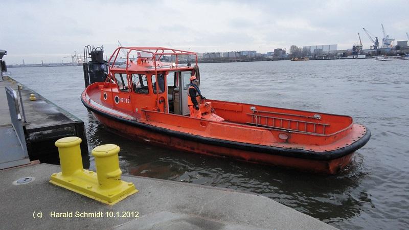 Festmacherboot HENRI (H 7019) am 10.1.2012_2