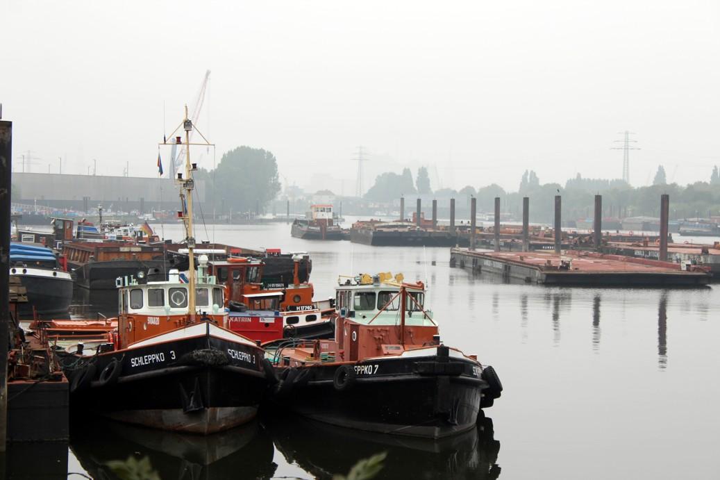 SCHLEPPKO 3 und SCHLEPPKO 7 im Travehafen am 07.09.2014_1