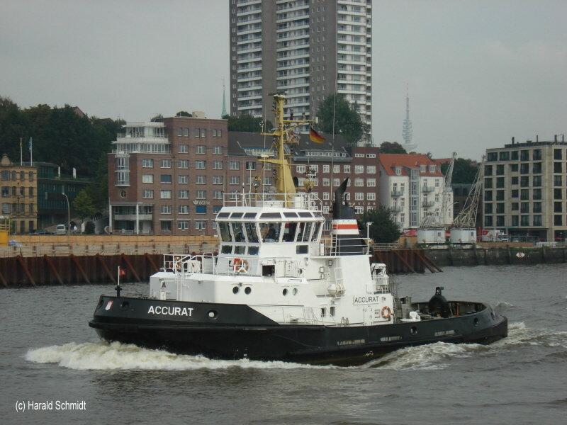 Accurat (2) ex Bremen (URAG) 001 am 26.9.2008