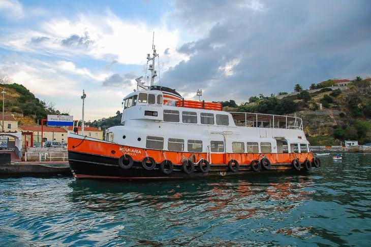 Viele Typschiffelandeten nach ihrer HADAG-Zeit in Lissabon und fuhren dort noch viele Jahre auf dem Tejo - wie z.B. die ehemalige OTTENSEN (Copyright: Christian Hinkelmann)