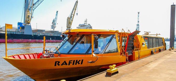 HADAG-Hafenfähre RAFIKI in Hamburg