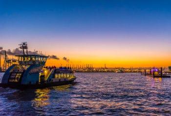 Sie prägen das Bild im Hamburger Hafen der 2000er-Jahre: Die Typ2000-Schiffe der HADAG