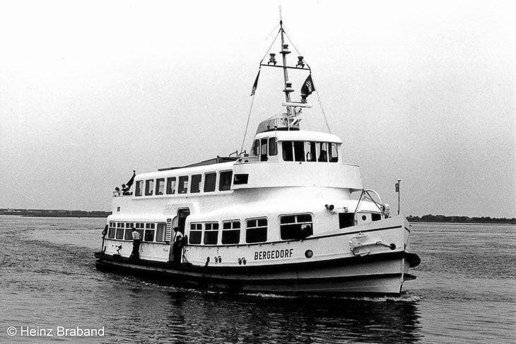 Die Typ III-Hafenfähre BERGEDORF (Copyright: Heinz Braband)