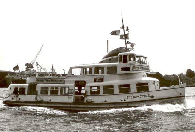 Die ehemalige HADAG-Hafenfähre STEINWERDER