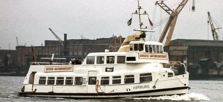 HADAG-Hafenfähre HARBURG im Jahr 1981 in Hamburg