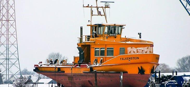 HADAG-Hafenfähre FALKENSTEIN beim Umbau im Januar 2010