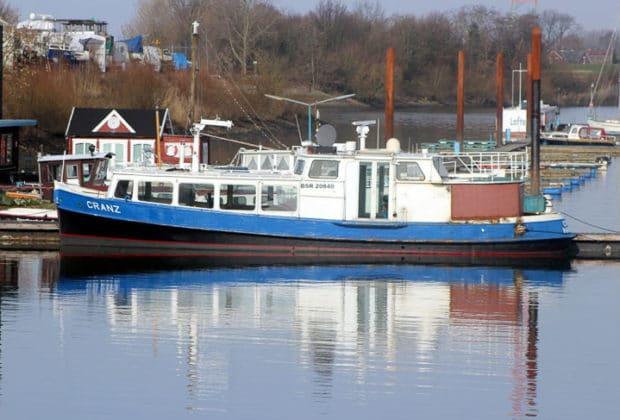 Ehemalige HADAG-Hafenfähre CRANZ im Februar 2016 in Oortkaten