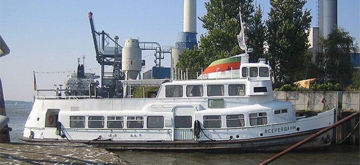 Ex-HADAG-Hafenfähre REEPERBAHN in Schnelles Hafen in Wedel